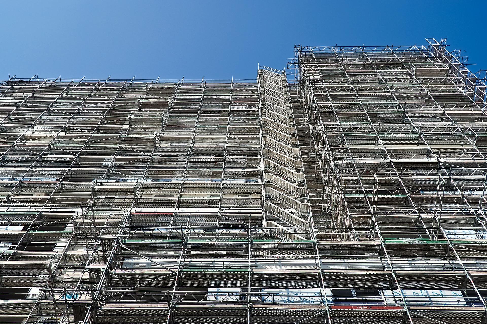 rehabilitación de la fachada y pintura en edificios